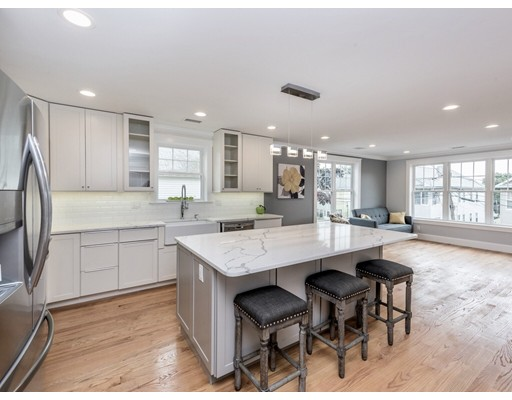 89 Sunnyside Street, Boston, MA 02136